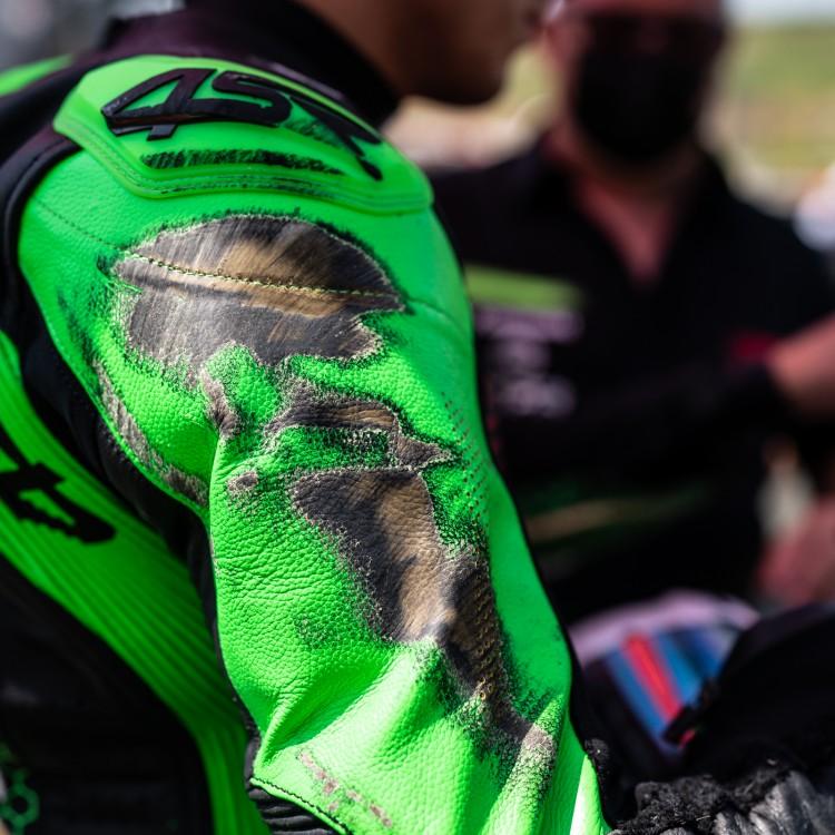 4SR Motorradbekleidung - 4SR Patentierte dopelte Sicherheitsnaht