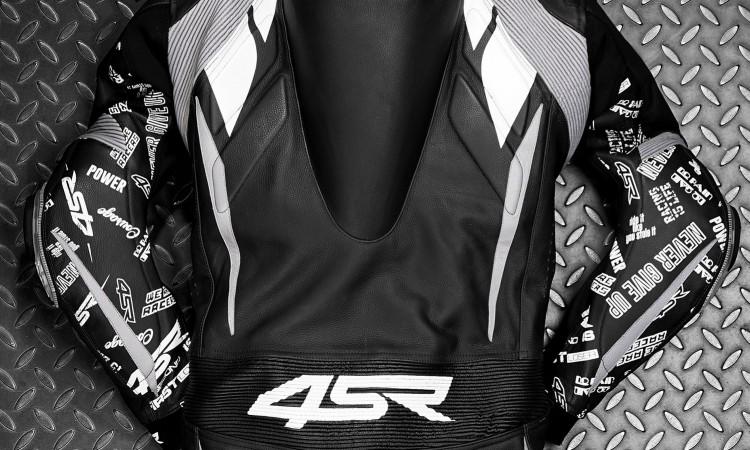 4SR Airbag Ready - Einteiler Lederkombi - Einfach und schnell seid Ihr fertig, Airbag Ready!